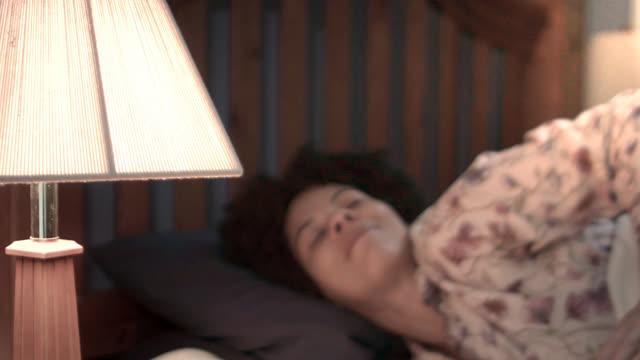 Cómo dormir mejor (subtitulado)