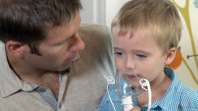 Asthma: Helping a Young Child Take Medicine