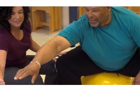 Ataque cerebral: ¿En qué consiste la rehabilitación para un ataque cerebral? (subtitulado)