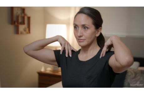 Ejercicios para el hombro y el brazo después de una cirugía mamaria (subtitulado)