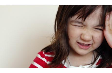 Infecciones de oído en niños (subtitulado)