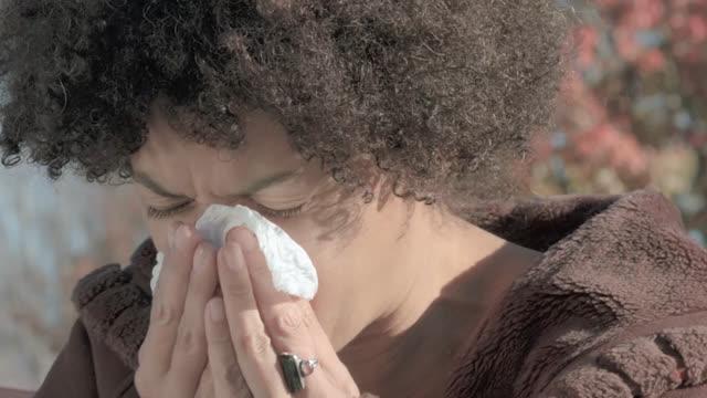Entienda y controle las alergias (subtitulado)