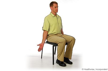 Ejercicio de estiramiento de extensión del pecho para la espondiloartritis