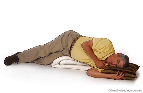 Imagen de la posición para drenar la parte lateral de sus pulmones cuando usted tiene EPOC