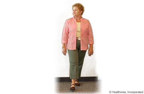 Imagen de una mujer caminando