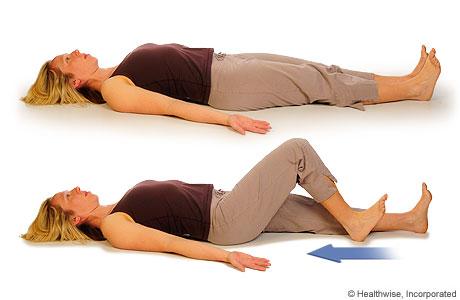 Imagen de una mujer haciendo el ejercicio de deslizamiento del talón